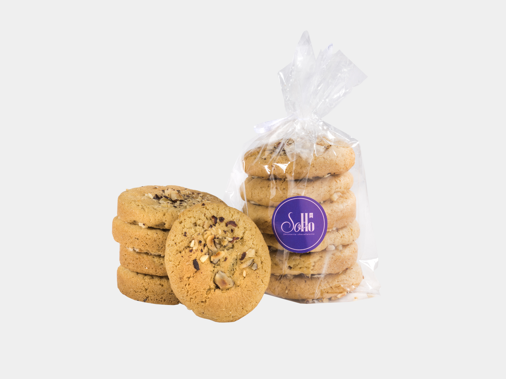 Cookie with Hazelnuts and Milk Chocolate